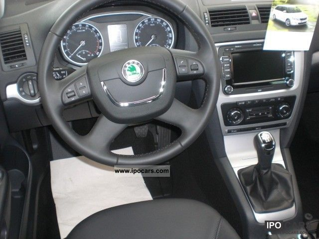Mazda 3 5 Door >> 2012 Skoda Octavia 1.6 TDI Elegance Navi, Light + Design - Car Photo and Specs