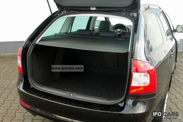 2011 skoda octavia ii combi 2 0 tdi cr dpf diesel elegance car photo and specs. Black Bedroom Furniture Sets. Home Design Ideas