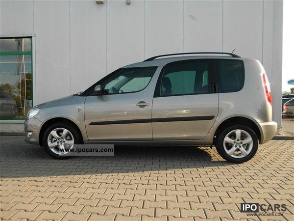 2011 skoda roomster family 1 2 tsi car photo and specs. Black Bedroom Furniture Sets. Home Design Ideas