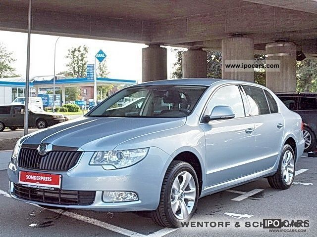 2011 skoda superb ambition 2 0 tdi dpf car photo and specs. Black Bedroom Furniture Sets. Home Design Ideas