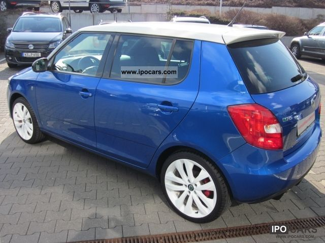 2011 skoda fabia 1 4 16v tsi dsg rs facelift car photo. Black Bedroom Furniture Sets. Home Design Ideas