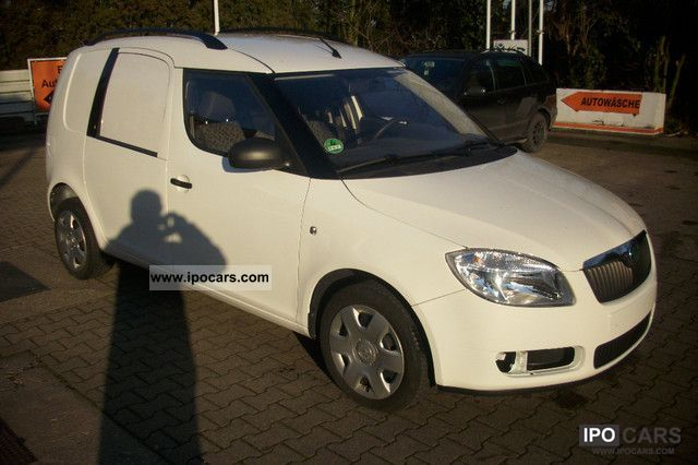2010 Skoda  1.4 TDI DPF practice AIR CONDITIONING Van / Minibus Used vehicle photo