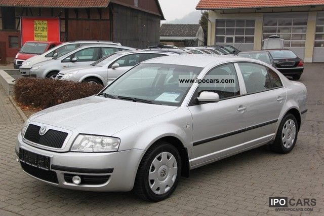 2002 Skoda  Superb 2.0 Classic with gas Limousine Used vehicle photo