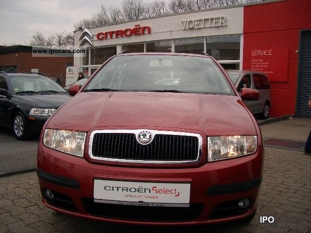 2005 Skoda Fabia 1 4 Ambiente climate Estate Car Used vehicle photo
