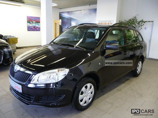 2011 Skoda  Fabia Kombi 1.4 Family, air conditioning, radio / CD, Dachrel Estate Car Used vehicle photo