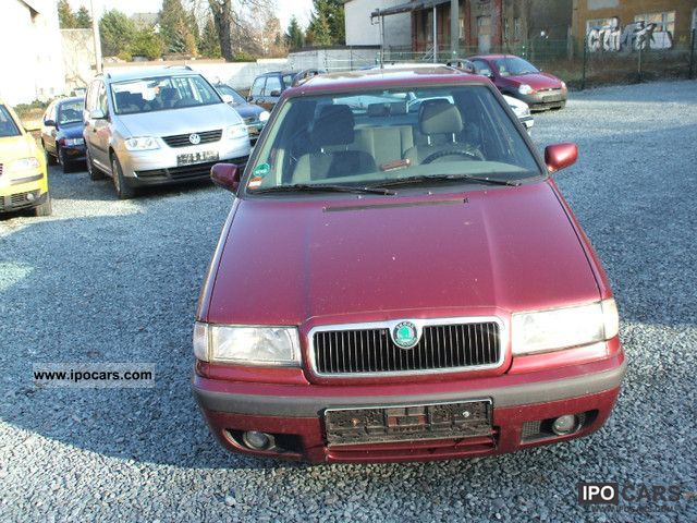 1999 Skoda  1.6 Combination Estate Car Used vehicle photo