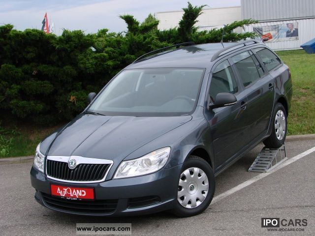 2011 Skoda  Octavia Combi 1.4 TSI Active Air EU5 / 0 k Estate Car New vehicle photo