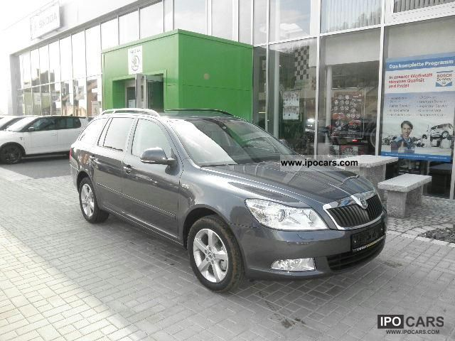 2011 skoda octavia 2 0 tdi 140 ps family ambition car photo and specs. Black Bedroom Furniture Sets. Home Design Ideas