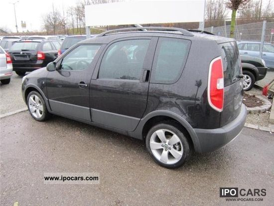 2012 skoda roomster scout 1 2 tsi air cd bordcomput car photo and specs. Black Bedroom Furniture Sets. Home Design Ideas