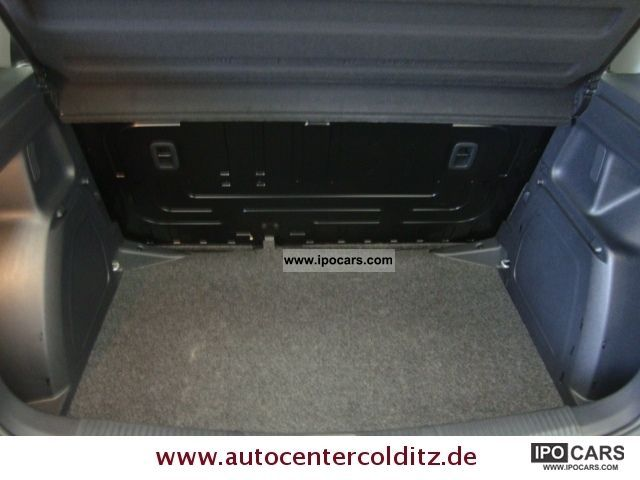 skoda fabia  tdi  door rcd isofix car photo  specs