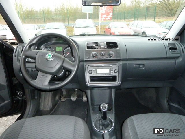 2010 skoda fabia 1.2 tsi 85 cv ambition - car photo and specs