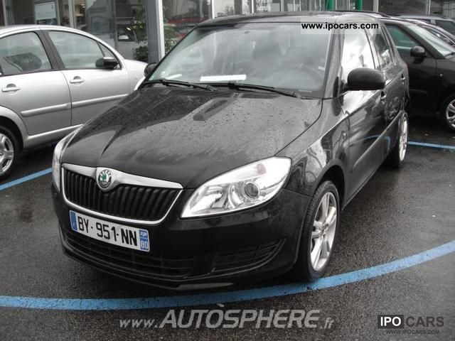 2011 Skoda  Active Fabia 1.6 TDI90 FAP Limousine Used vehicle photo