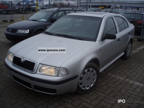 2001 Skoda  Octavia Classic 1.9 TDI Limousine Used vehicle photo