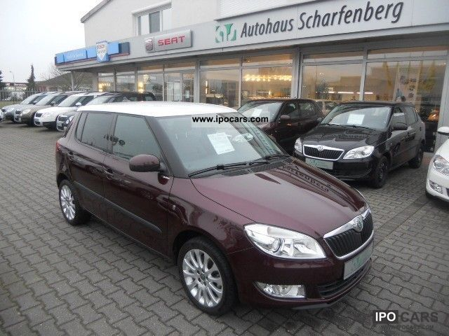 2011 Skoda  Fabia Sport 1.6 TDI-Navi Climatronic SHZ PDC Limousine Used vehicle photo