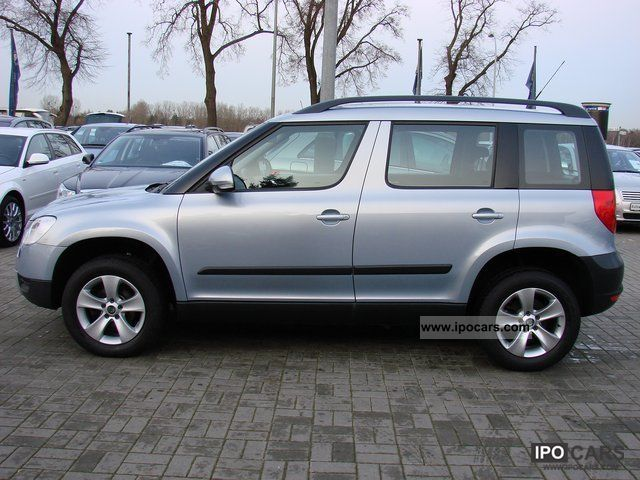 2010 skoda yeti 2 0 tdi cr 4x4 ambition car photo and specs. Black Bedroom Furniture Sets. Home Design Ideas