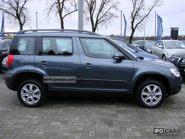 2009 skoda yeti 2 0 tdi cr 4x4 ambition navigation car photo and specs. Black Bedroom Furniture Sets. Home Design Ideas
