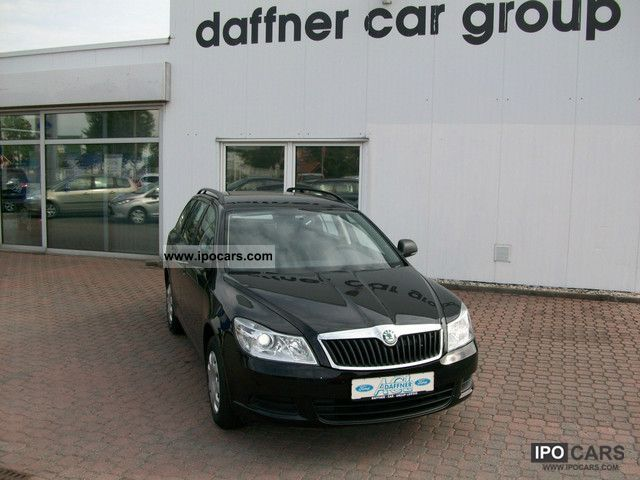 2011 Skoda  Octavia Combi 1.4 TSI Comfort Estate Car Pre-Registration photo