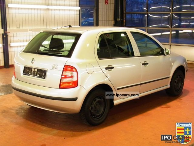 2005 skoda extra fabia 1 4 klima car photo and specs. Black Bedroom Furniture Sets. Home Design Ideas