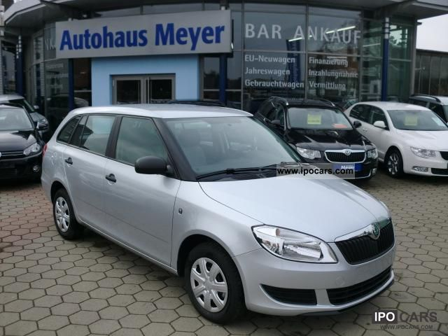 2011 Skoda  Fabia Combi 1.2TSI AIR / EFH / ZV + FB Estate Car New vehicle photo