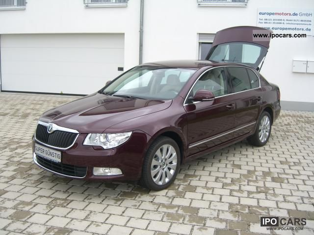 2011 skoda superb saloon 2 0 tdi cr dpf active 103 kw car photo and specs. Black Bedroom Furniture Sets. Home Design Ideas