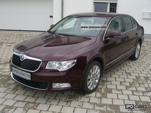 2011 skoda superb ambition 2 0 tdi cr dpf saloon 4x4 car photo and specs. Black Bedroom Furniture Sets. Home Design Ideas