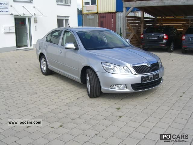 2011 skoda octavia 1 6 tdi cr dpf active 77 car photo and specs. Black Bedroom Furniture Sets. Home Design Ideas