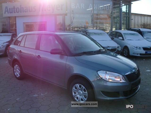 2011 Skoda  Fabia Combi 1.6 TDI DPF AIR / EFH / ZV + FB Estate Car New vehicle photo