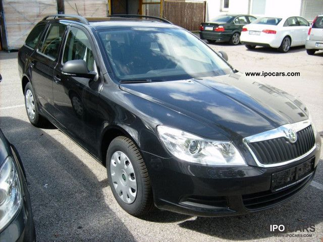2012 Skoda  Octavia Combi 1.4 TSI + NEW NOW! Estate Car Used vehicle photo