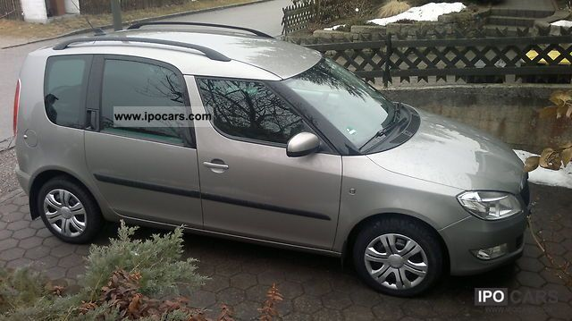 2010 skoda roomster 1 6 tdi dpf style car photo and specs. Black Bedroom Furniture Sets. Home Design Ideas