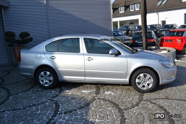 2012 skoda octavia 1 2 tsi car photo and specs. Black Bedroom Furniture Sets. Home Design Ideas