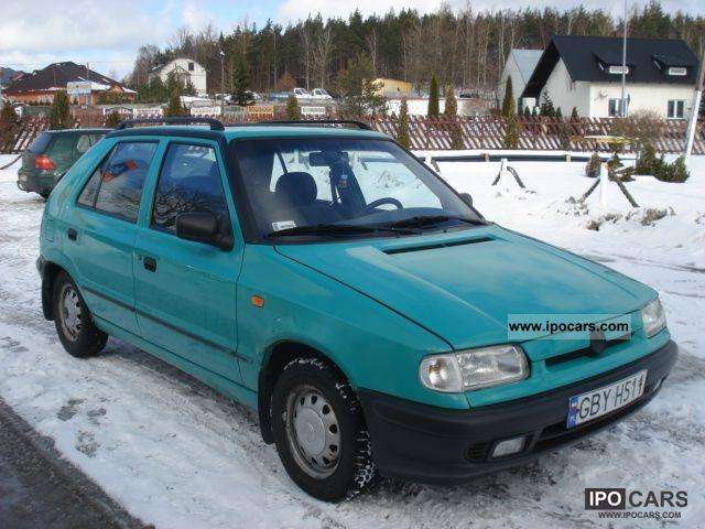 1996 Skoda  Felicia Small Car Used vehicle photo