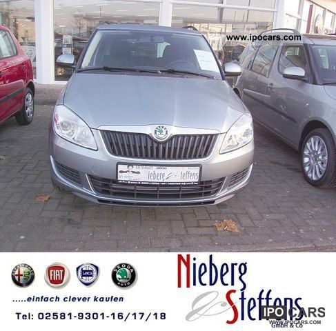 2011 Skoda  Fabia Combi 1.6 TDI Family Climatronic Sitzhe Estate Car Pre-Registration photo