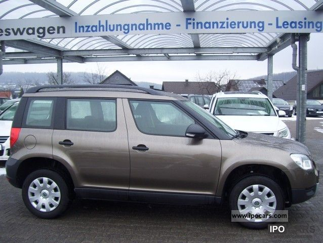 2010 skoda yeti 1 2 tsi active car photo and specs. Black Bedroom Furniture Sets. Home Design Ideas