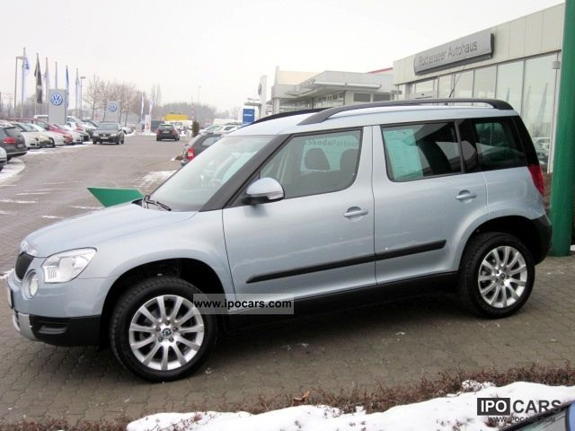2010 skoda yeti 1 2 tsi ambition car photo and specs. Black Bedroom Furniture Sets. Home Design Ideas