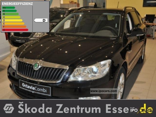2011 Skoda  OCTAVIA Combi 1.4 TSI 90 kW FAMILY Estate Car New vehicle photo