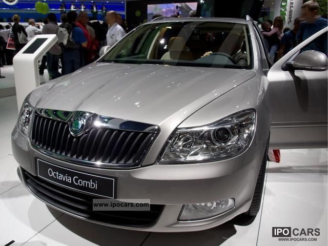 2011 Skoda  Octavia Classic Plus Estate Car New vehicle photo