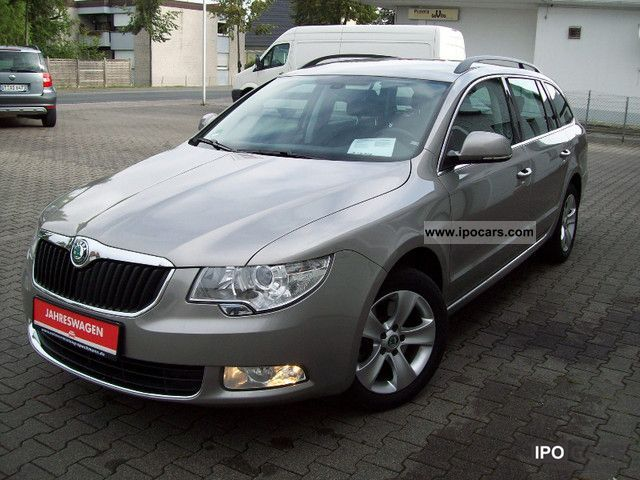 2010 skoda superb combi 1 4 tsi ambition seats tempom car photo and specs. Black Bedroom Furniture Sets. Home Design Ideas