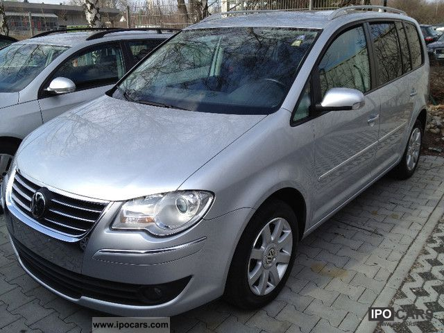 2007 volkswagen touran 2 0 tdi dpf dsg highline 7sitze s heizung car photo and specs. Black Bedroom Furniture Sets. Home Design Ideas