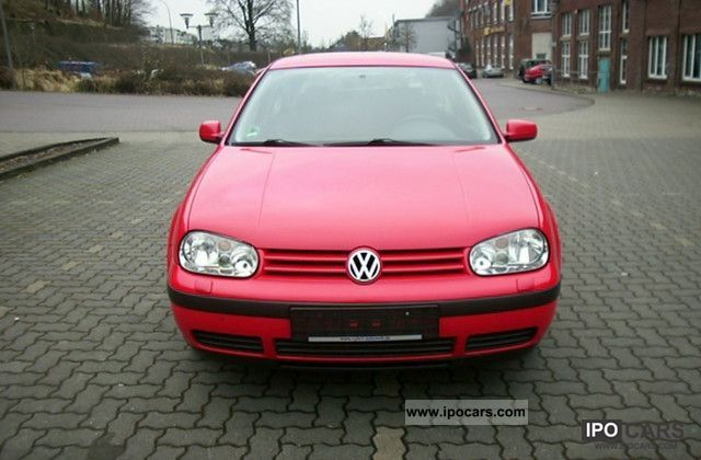 1998 Volkswagen  Golf 1.4, automatic climate control, heated seats, 8 x tires Limousine Used vehicle photo