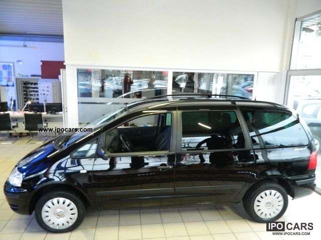 2003 Volkswagen  Sharan 1.9TDI Comfortline Family AHK Air ab99E Van / Minibus Used vehicle photo
