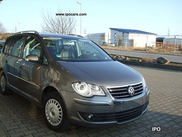 2007 volkswagen touran 2 0 tdi highline car photo and specs. Black Bedroom Furniture Sets. Home Design Ideas
