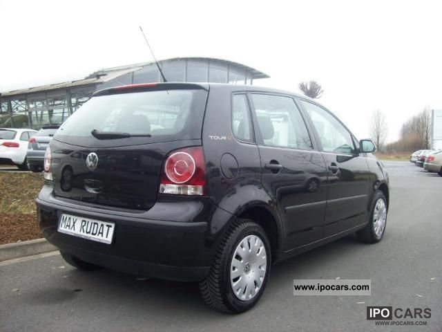 2007 volkswagen polo tour 1 2 car photo and specs. Black Bedroom Furniture Sets. Home Design Ideas