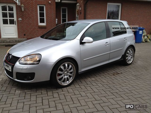 2006 Volkswagen  Golf GTI leather, navigation, DVD, 8x frosting Limousine Used vehicle photo