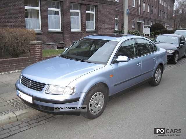 1998 Volkswagen  Passat 1.8 5V 1.Hand scheckheft Limousine Used vehicle photo