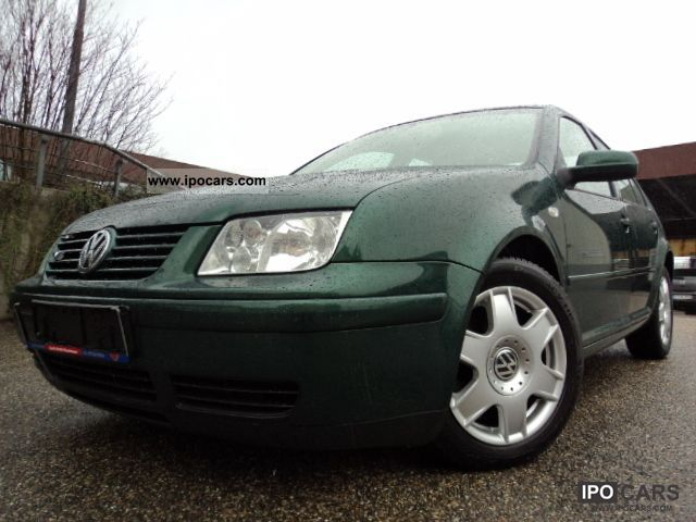 2001 Volkswagen  2.3 V5 Bora Highline * Airco * Stiptronic * Ski Limousine Used vehicle photo