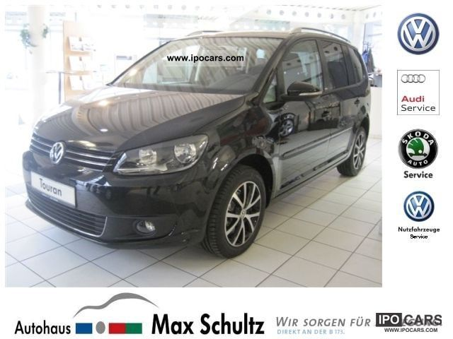 2012 Volkswagen  Touran 'Style' 2.0 liter TDI 7Sitze, SHZ, GRA, MFL Limousine Demonstration Vehicle photo