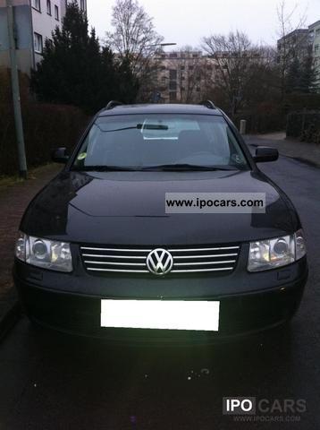 2000 Volkswagen  Passat 2.5 TDI Highline V6 4Motion Estate Car Used vehicle photo