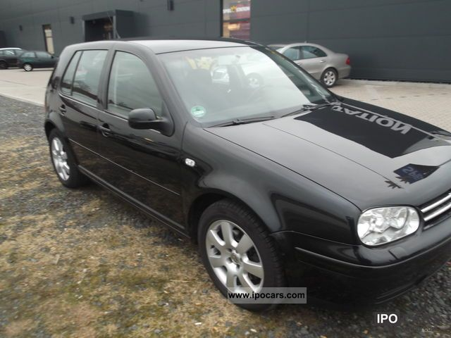 2003 Volkswagen  Golf 1.9 TDI 151PS GREEN WITH PLAQUE Limousine Used vehicle photo