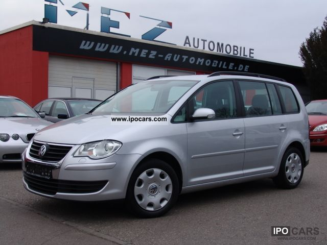 2007 volkswagen touran 2 0 tdi dpf trend navigation air car photo and specs. Black Bedroom Furniture Sets. Home Design Ideas