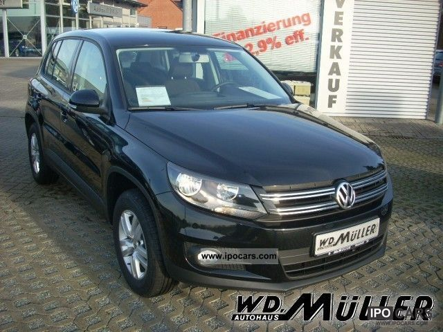 2011 Volkswagen  Tiguan 2.0 TDI DPF Trend + Fun Air MP3 CD Off-road Vehicle/Pickup Truck Employee's Car photo